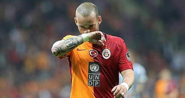 Sneijder'den yönetimi şoke eden yanıt!