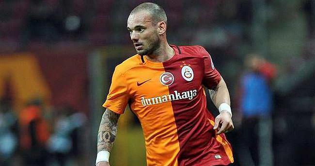Sneijder'den yönetime flaş teklif!
