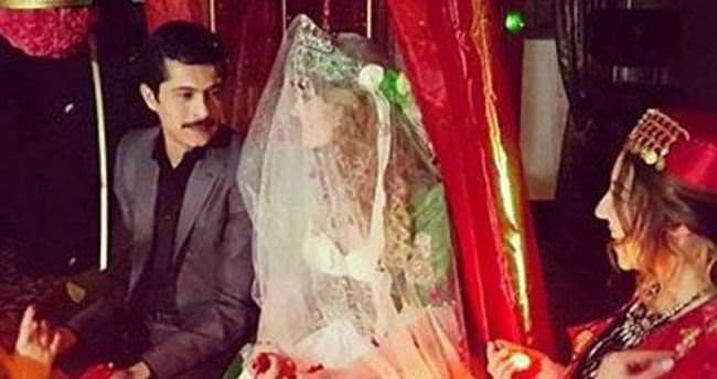 Ünlü oyuncu boşanma yıldönümünde evlendi