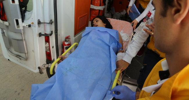 Üzerine sıcak su dökülen genç kız yandı