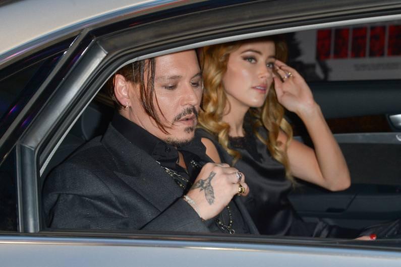 Amber Heard'ün 20 milyon dolar mutluluğu