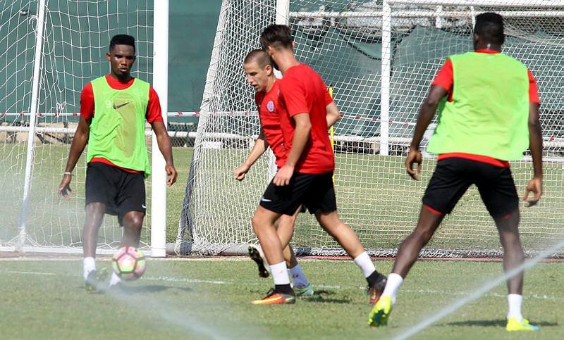Antalyaspor antrenmanında Eto'o şov