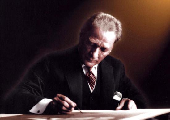 Futbol dünyasından Atatürk'ü anma mesajları