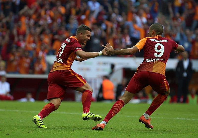 Mario Gomez Süper Lig'e dönüyor!