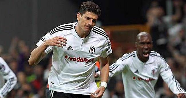 Kararını verdi! Gomez gelecek sezon...