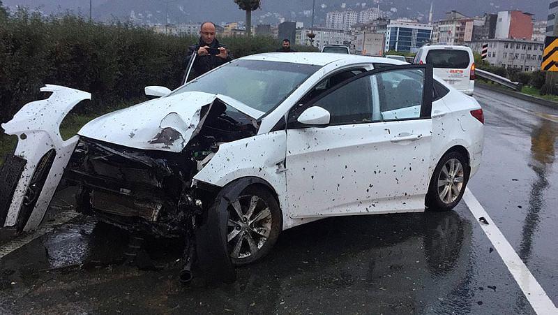 Kweuke trafik kazası geçirdi