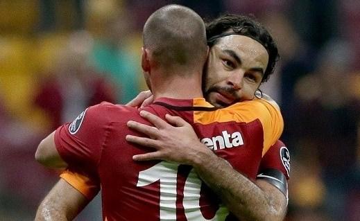 Sneijder, Galatasaray'ı FIFA'ya şikayet edecek!