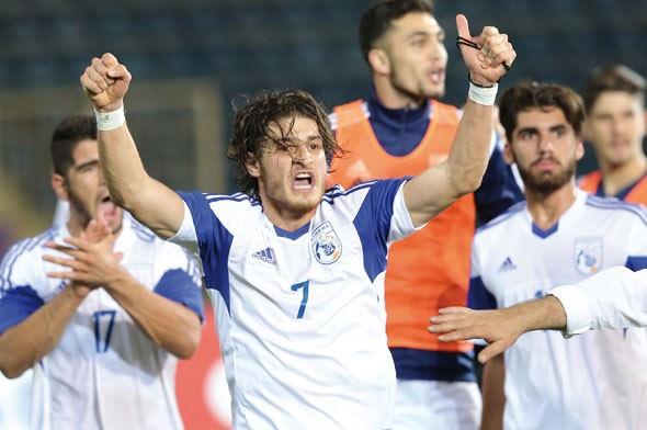 Türkiye, Güney Kıbrıs'a yenildi maç sonu olay çıktı!
