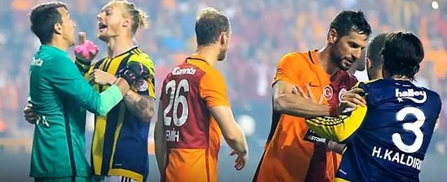 Yazarlar derbiyi yorumladı! Fenerbahçe mi, Galatasaray mı?