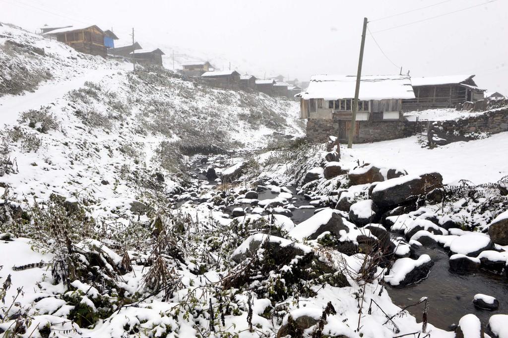 Ardahan'da şiddetli kar yağışı