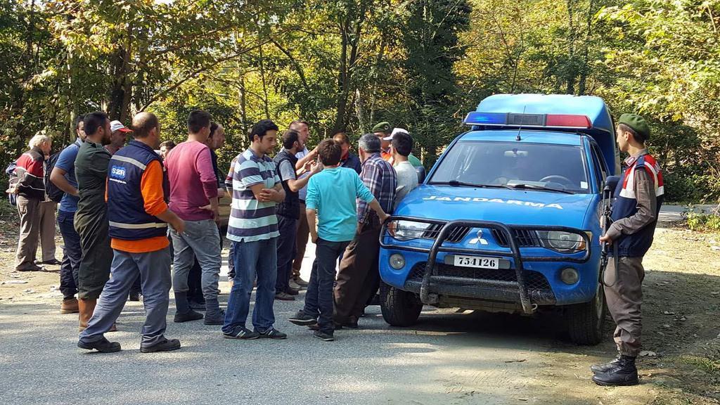 Mahalleliden 'dışarıdan gelenler kestane toplamasın' tepkisi