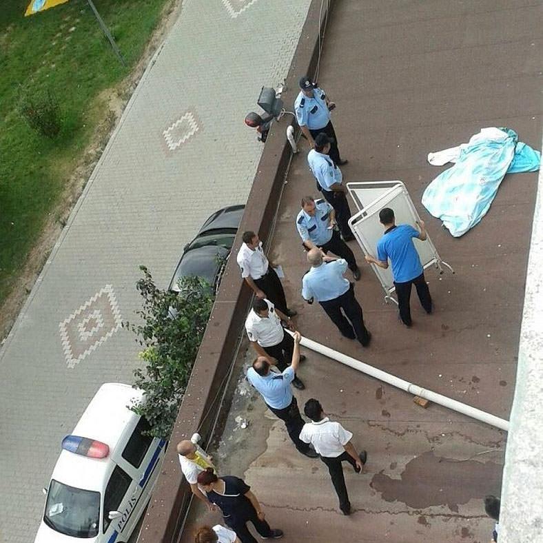 Hastanede intihar