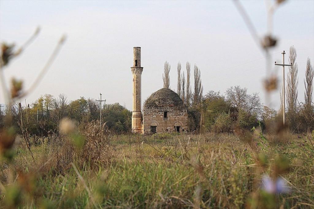 """100 yıldır """"ezana hasret"""" Osmanlı camisi"""
