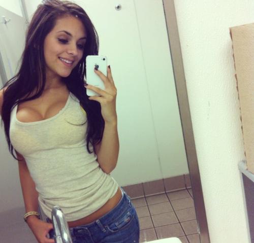 2013'ün sözcüğü 'selfie' oldu