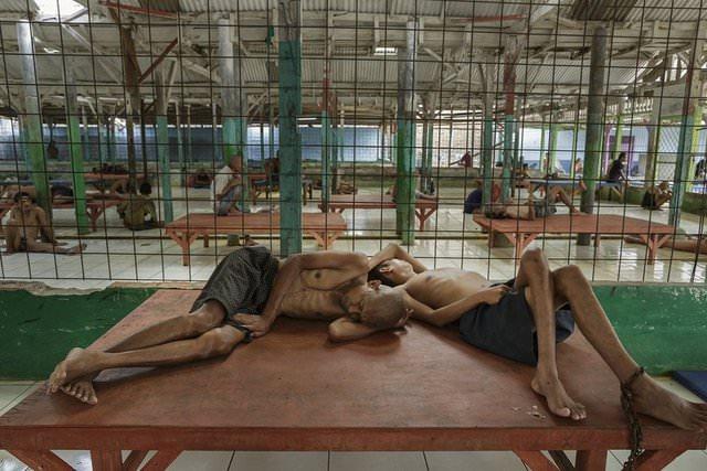 Akıl hastanesinden dehşet görüntüler