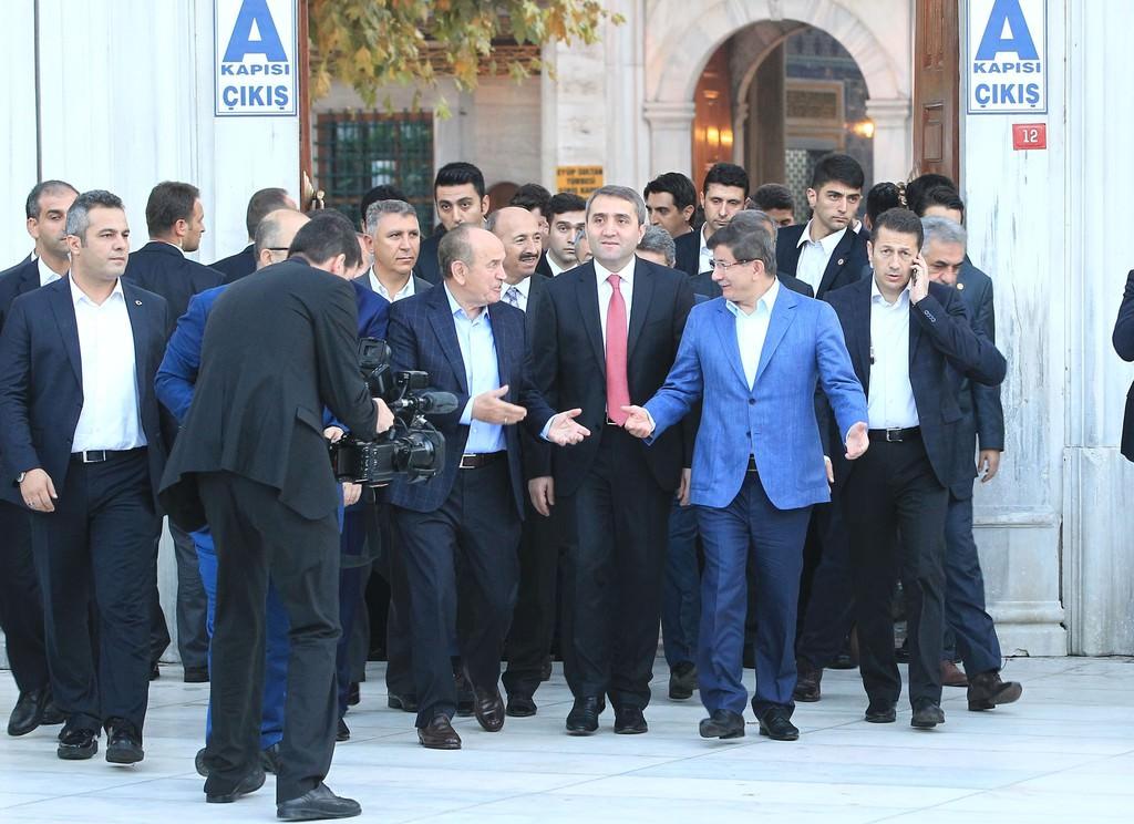 Başbakan sabah namazını Eyüp'te kıldı