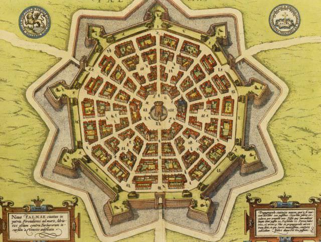 Düzenin şehri 'Yıldız Kale'