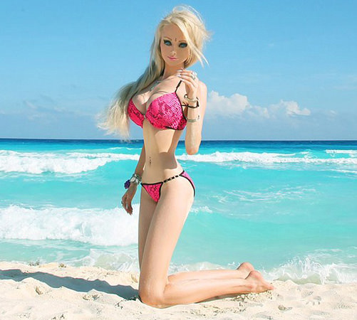 İnsan barbie tanınmaz halde