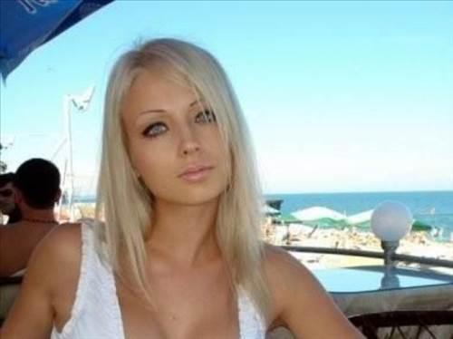Порно фото где трахаются молоденькие трансы