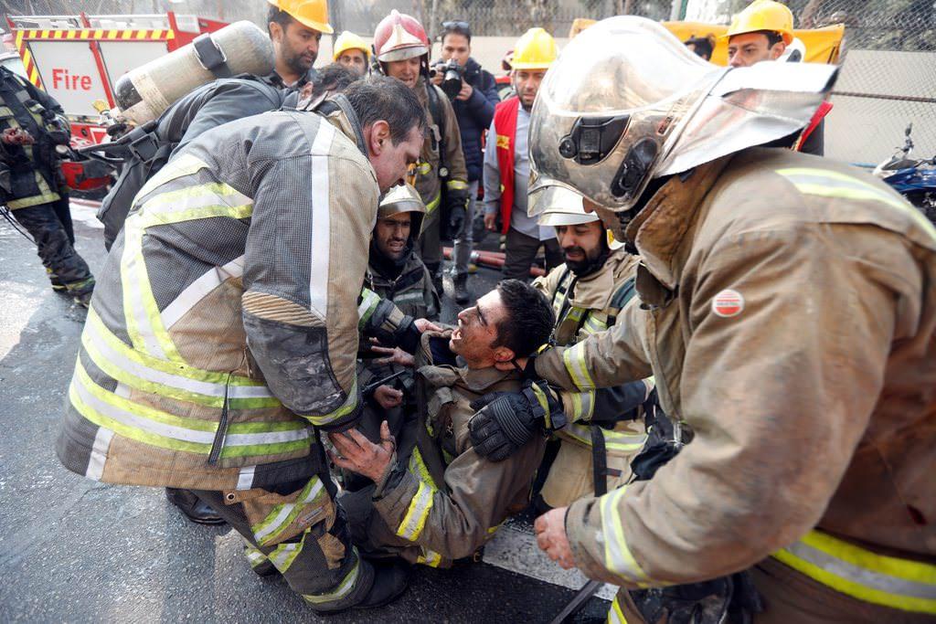 İran'ın başkenti Tahran'daki korkunç yangından kareler