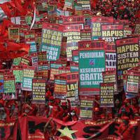 ���ilerden d���k �cret protestosu