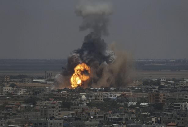 İsrail iftar vakti Gazze'de katliam yaptı