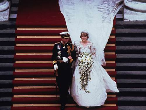 Lady Diana Gelinli�i ve Muhte�em D���n Resimleri Lady Diana- Prens Charles Ne Zaman Evlendi ?