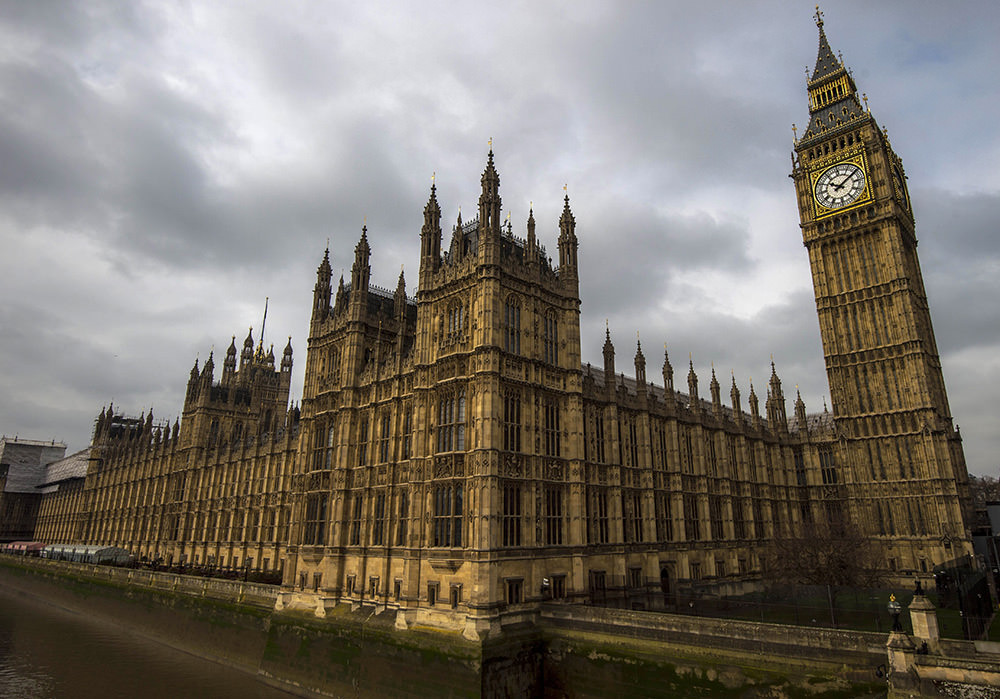 """Londra'nın """"Big Ben""""i bakıma alınacak"""