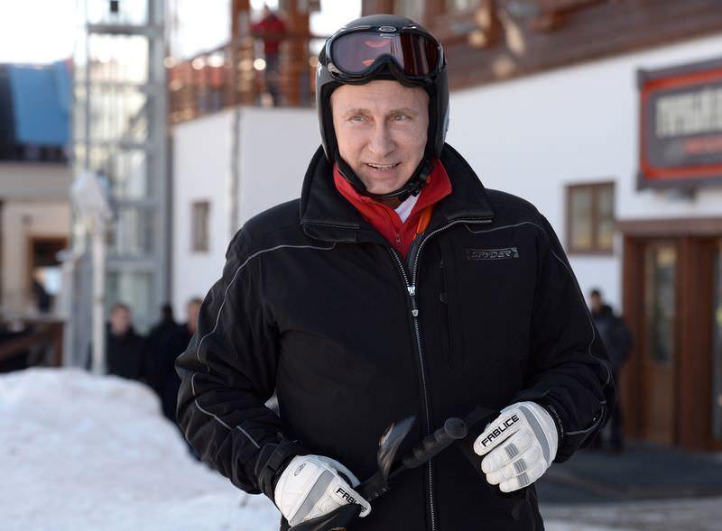 Putin ile Medvedev'in kayak keyfi