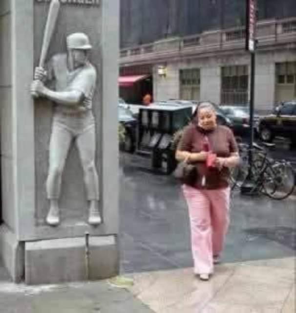 Şaşırtan heykeller