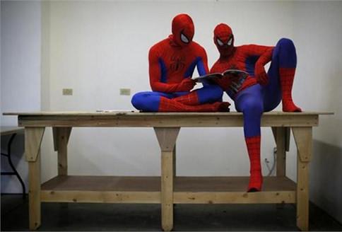 Süper kahramanlar aramızda
