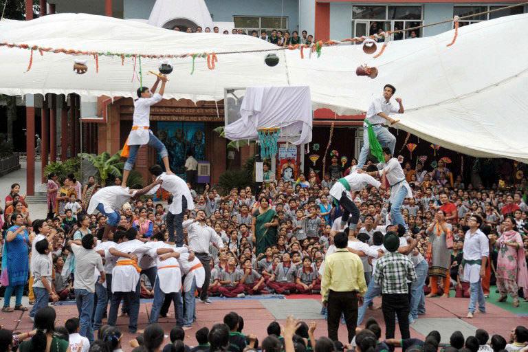 Tehlikeli festival çocuklara yasak