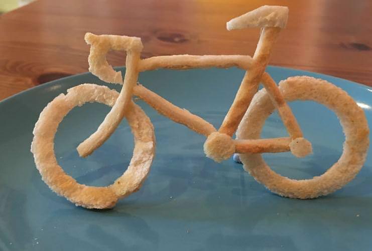 Bir tost ekmeği asla sadece tost ekmeği değildir!