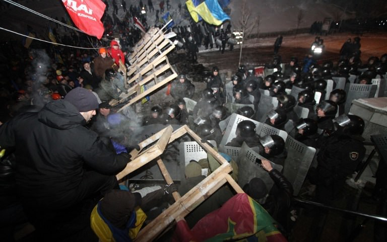 Ukrayna'da gece baskını