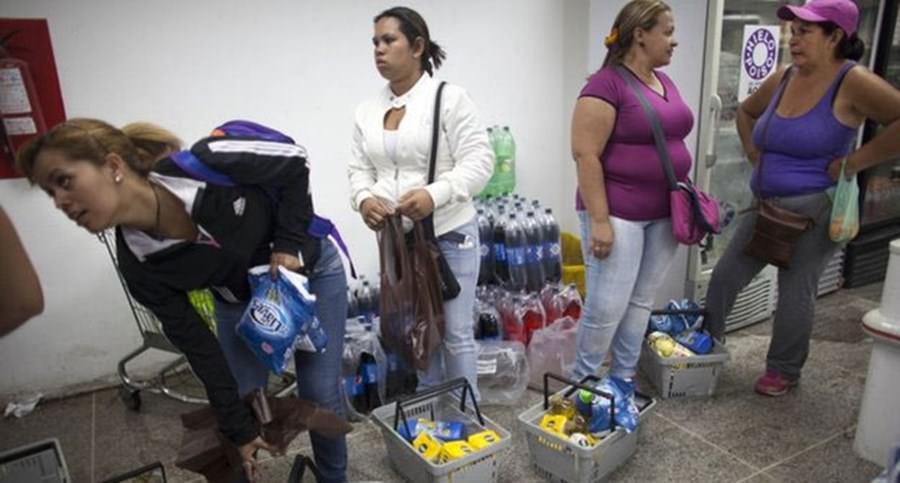 Venezuela'da gıda satışları parmak iziyle olacak