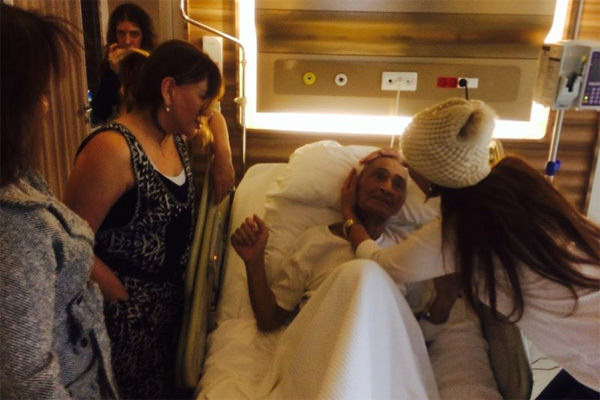 Adnan Şenses için hastaneye ünlü akını