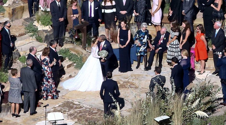 Allison Williams, sevgilisi Ricky Van Veen ile evlendi