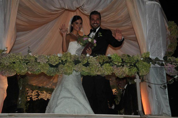 Engin Altan Düzyatan Neslişah Alkoçlar evlendi