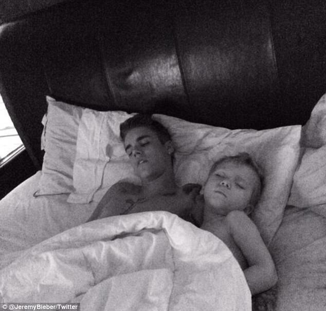 Justin Bieber güvende ve sakin