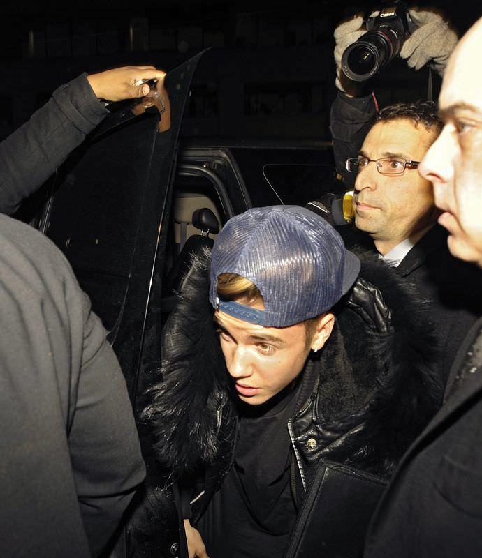 Justin Bieber yine gözaltına alındı
