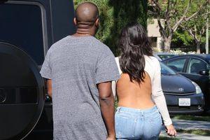 Kim Kardashian'ın komik tarzı