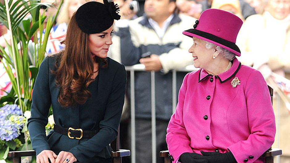 Kraliçe onu bir türlü sevemedi