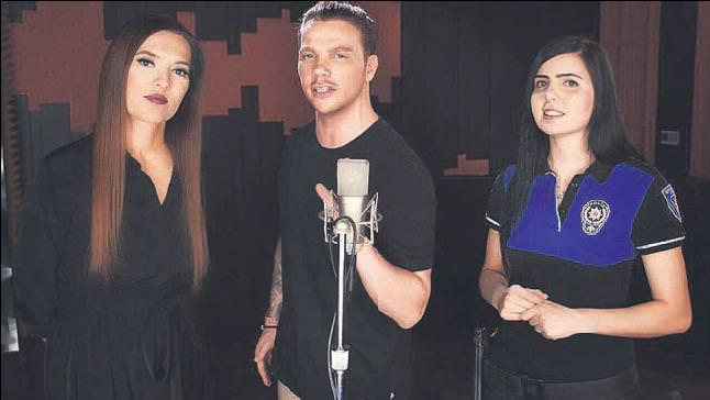 Akçıl ve Akalın'dan polislere şarkılı klipli destek