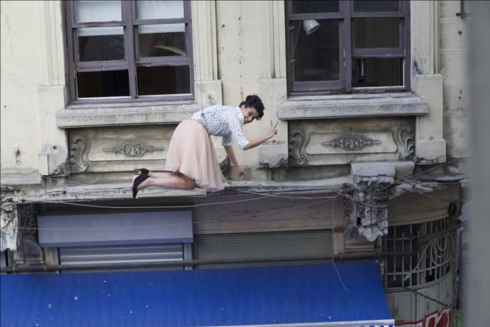 Oyuncu Hande Doğandemir 5. kattan böyle düştü