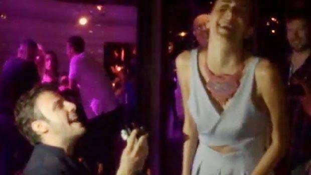 Salih Bademciden İmer Özgüne sürpriz evlilik teklifi