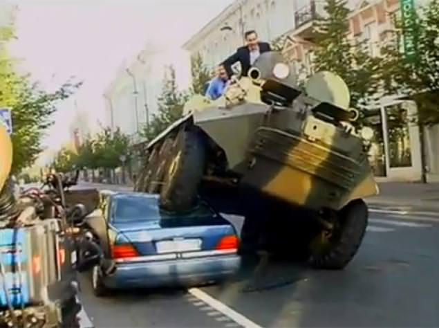 http://i.sabah.com.tr/sb/galeri/otomobil/hatali-parkin-cezasi-agir-oldu/43_d.jpg