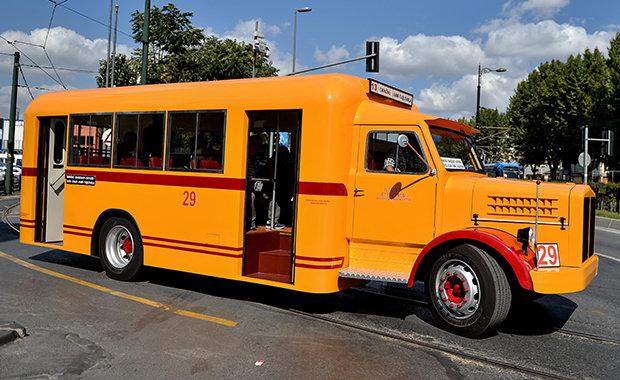 İETT'nin yeni nostaljik otobüsü