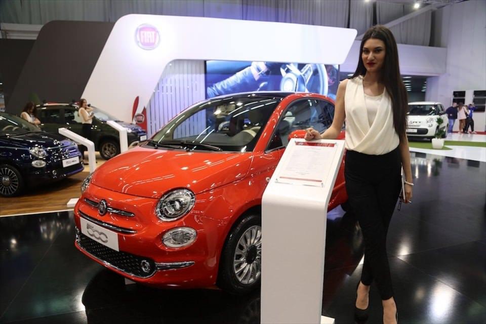 Otomobil tutkunları Belgrad'da buluştu