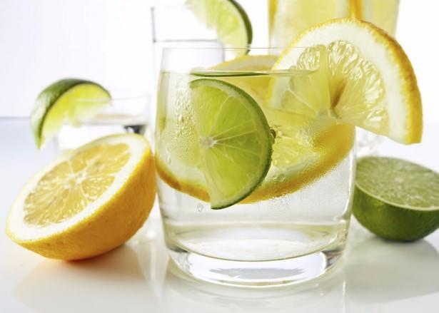 Limon suyunun faydaları saymakla bitmiyor!