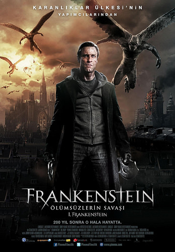 Frankenstein: Ölümsüzlerin Savaşı filminden kareler
